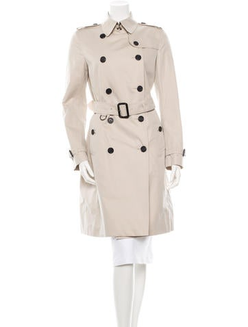 Burberry Belted Trenchcoat