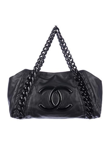Chanel Modern Chain Tote