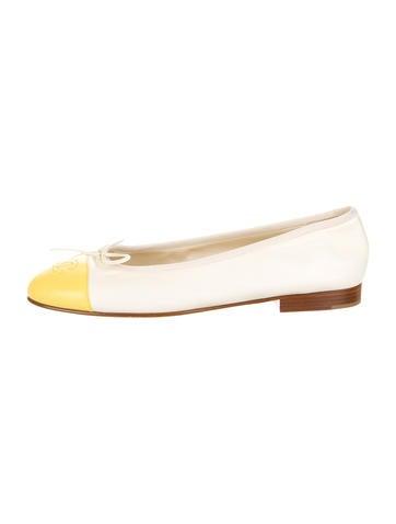 Chanel Cap-Toe Flats