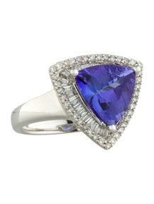 Tanzanite and Diamond Ring 0.62ctw