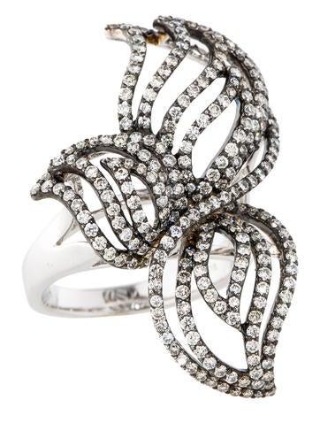 1.66ctw Diamond Flower Ring