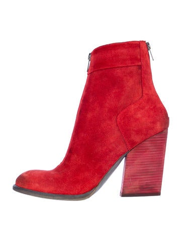 LD Tuttle Ankle Boots
