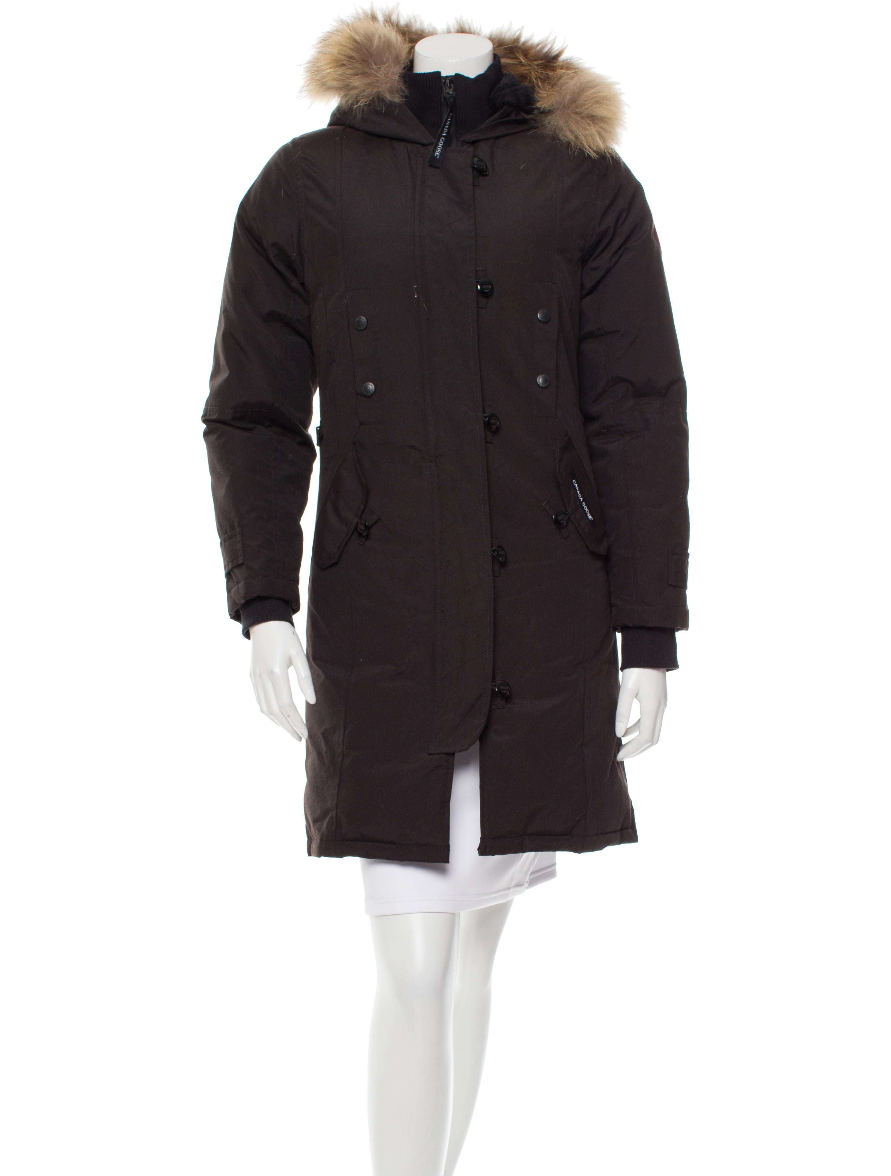 canada goose fur trimmed puffer jacket clothing. Black Bedroom Furniture Sets. Home Design Ideas