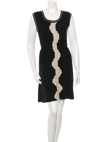 Chanel Pleated Wool Dress None