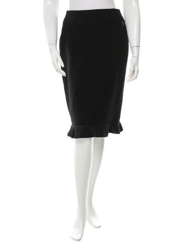 Chanel Fluted Wool Skirt None