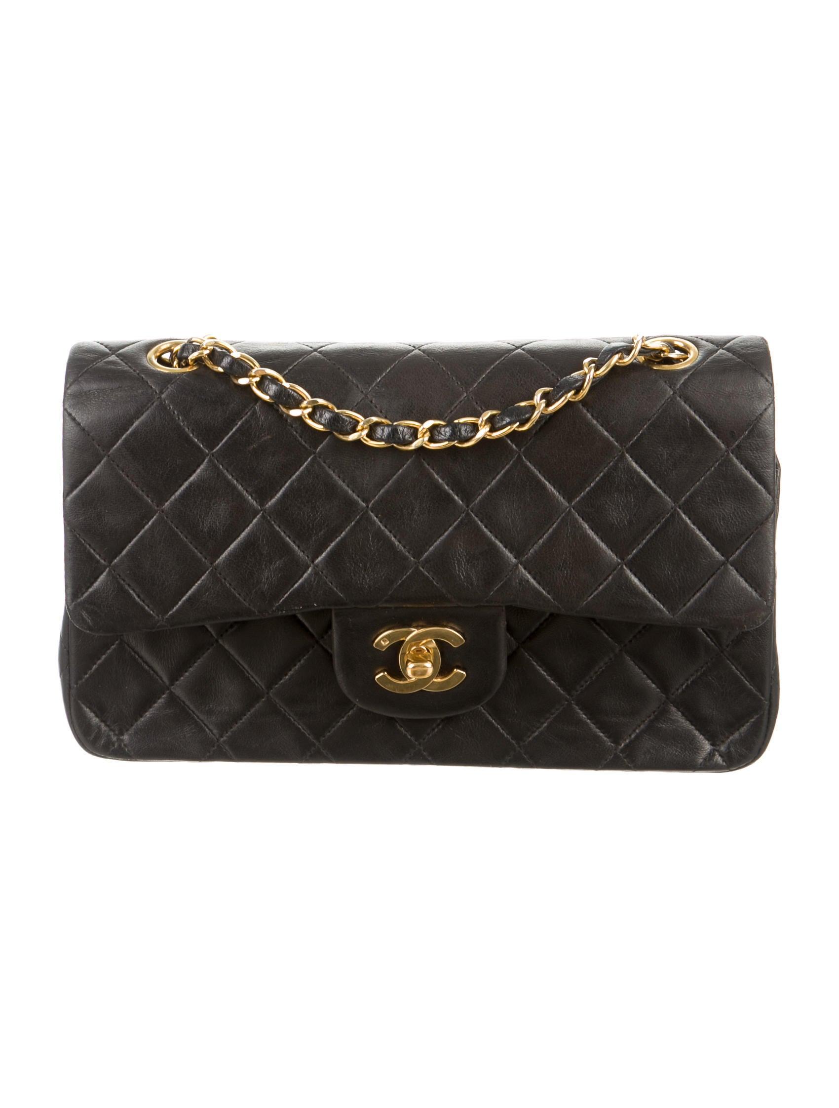 87f6f6ccb0f1 Chanel Small Classic Double Flap Bag - Handbags - CHA127786 | The RealReal