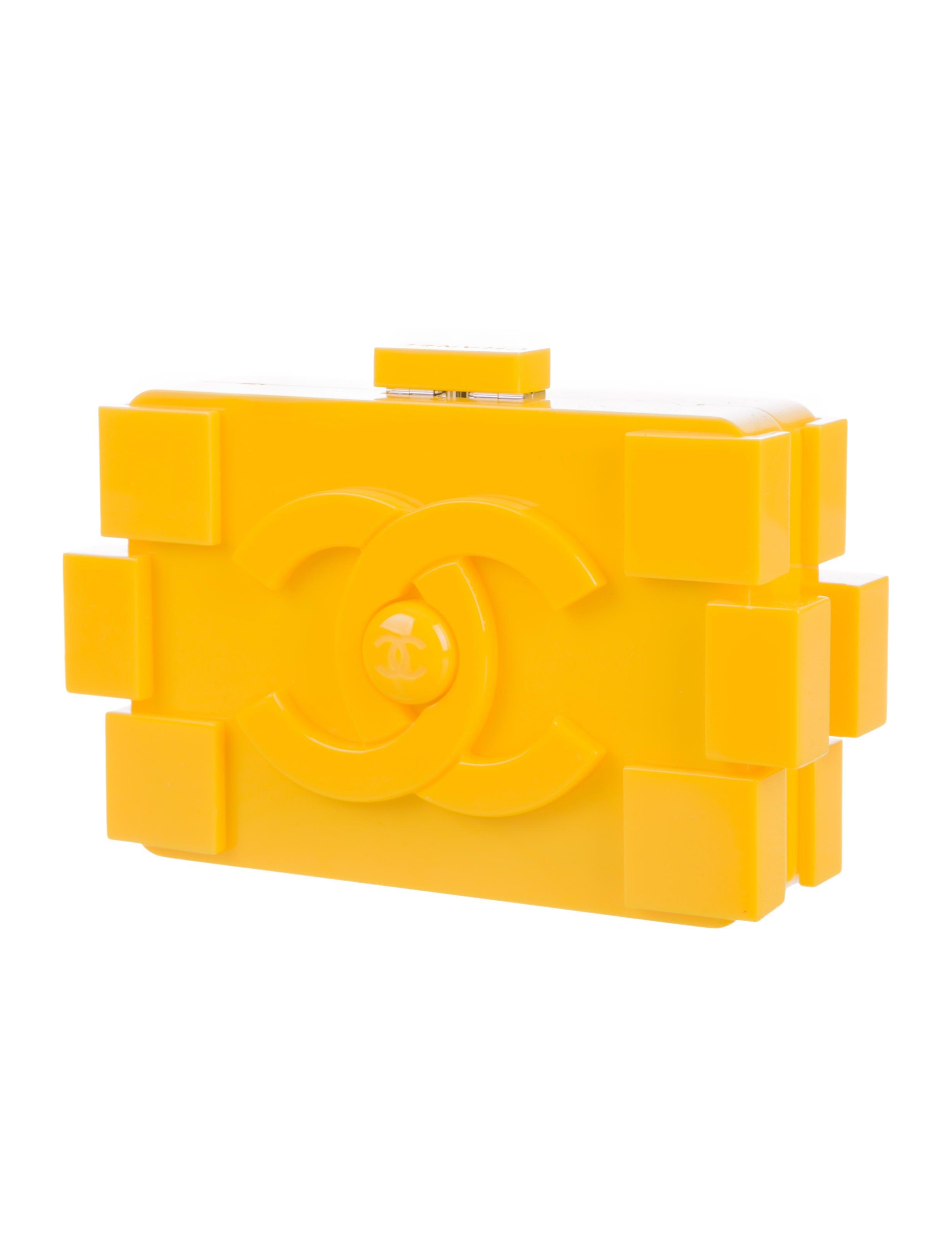 Chanel Lego CC Clutch - Handbags - CHA130112 | The RealReal
