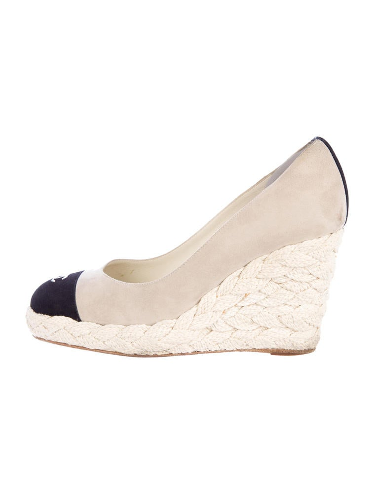 chanel espadrille wedges shoes cha32725 the realreal