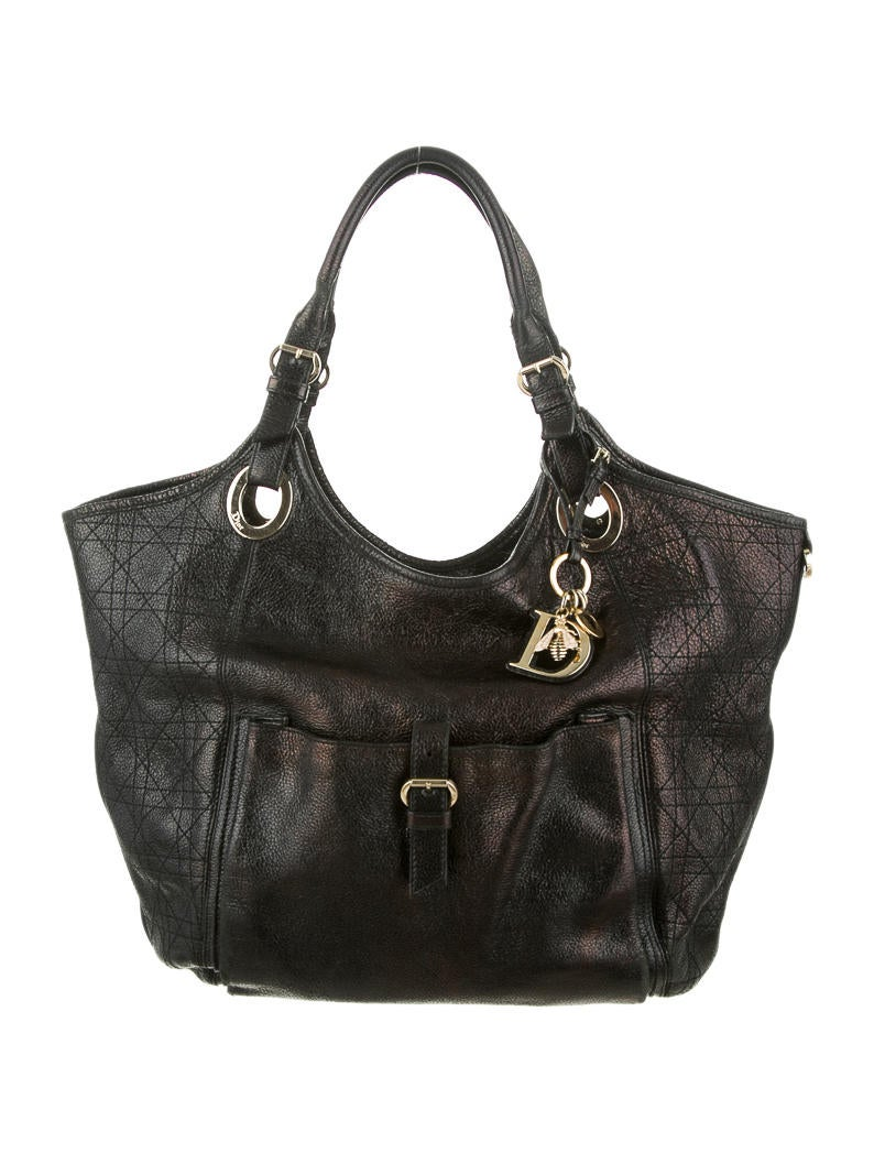 Model Christian Dior Medium Lady Dior Bag  Handbags  CHR30410  The