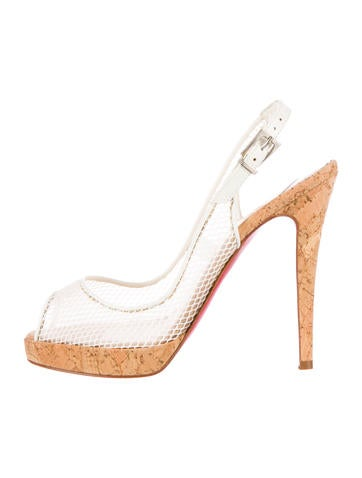 christian louboutin pumps Tan leather perforation | cosmetics ...