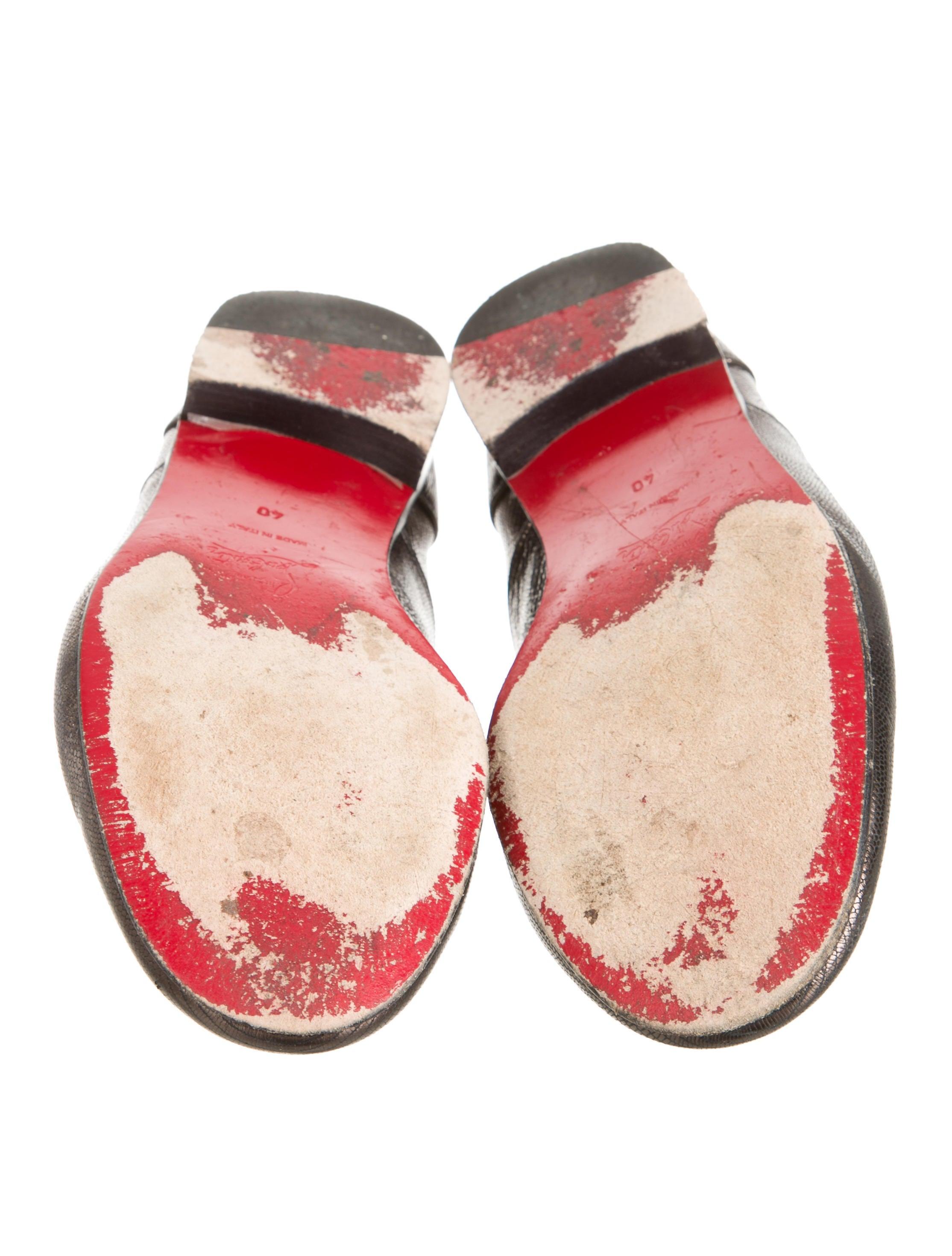 christian louboutin metallic round-toe flats
