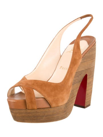 christian louboutin la falaise sandals w tags