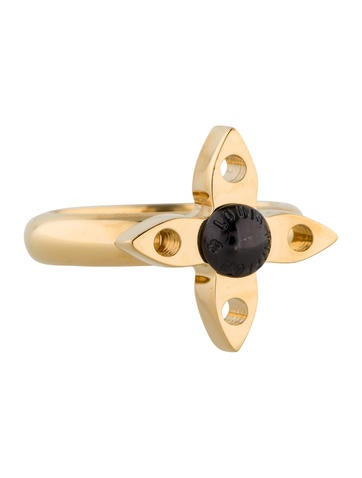 Louis Vuitton Love Letters Timeless Ring