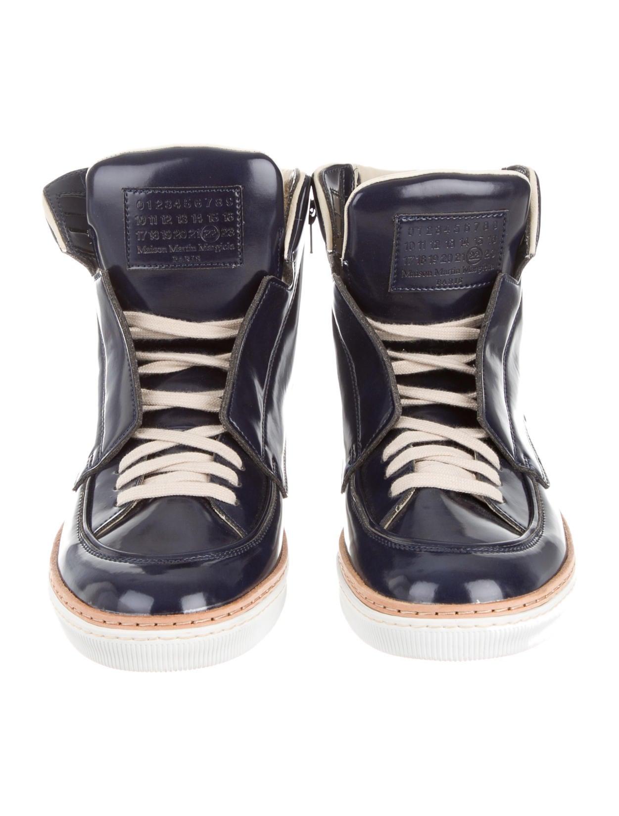 maison martin margiela sneakers shoes mai23415 the realreal. Black Bedroom Furniture Sets. Home Design Ideas
