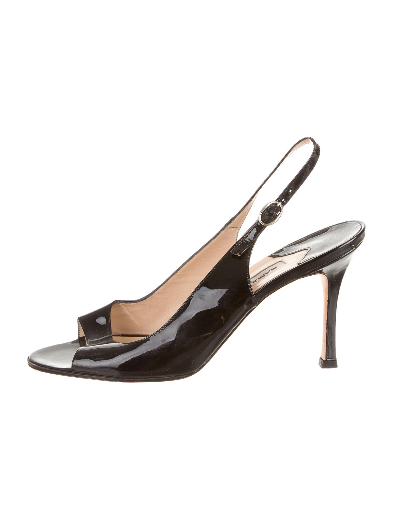 Manolo blahnik pumps shoes moo34566 the realreal for Shoes by manolo blahnik