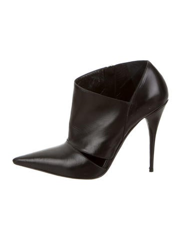 Narciso Rodriguez Leather Pointed-Toe Booties None
