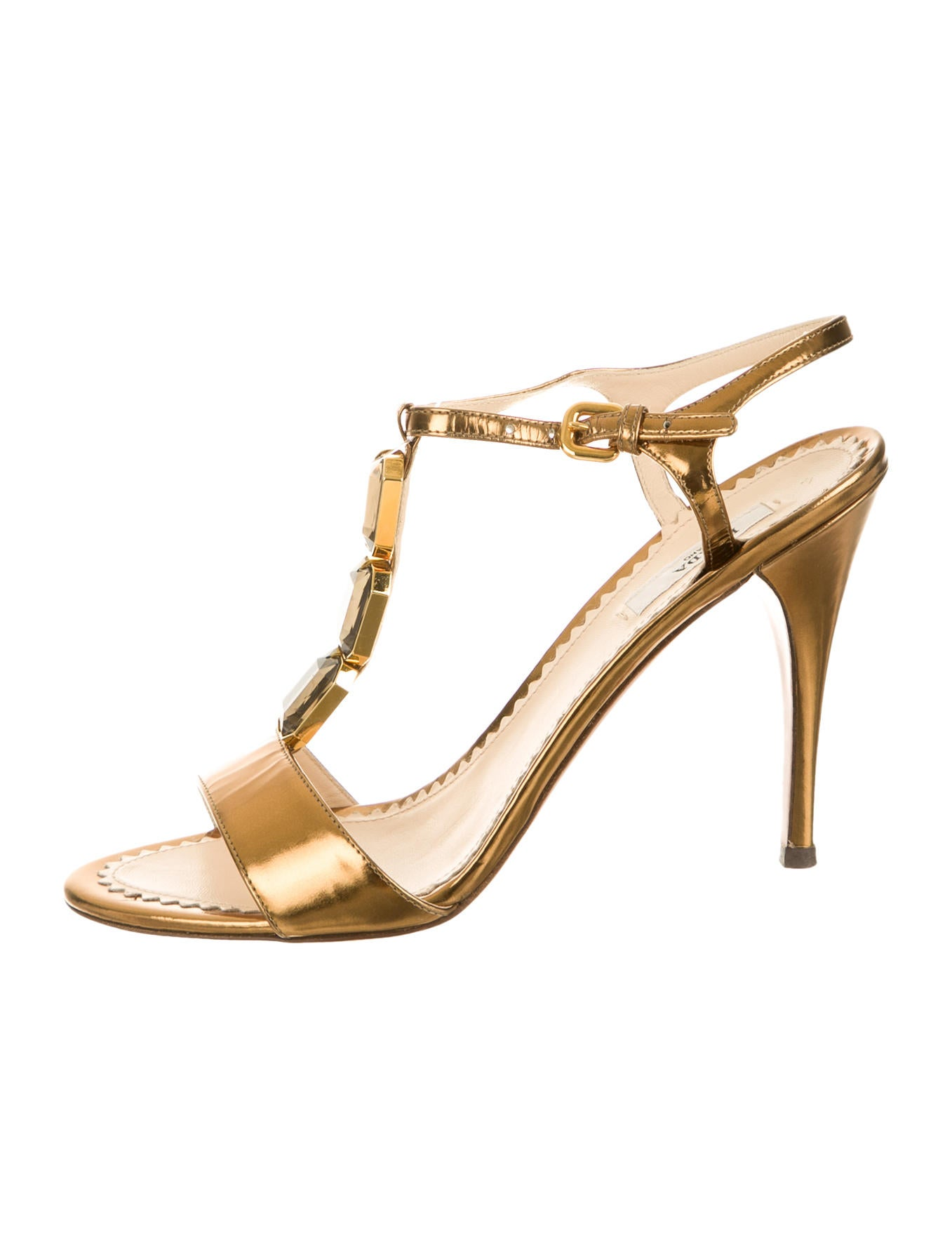 Elegant Find This Pin And More On  Gucci Shoes For Women, Such As Sandals, Boots And Sport, From The Latest Collection Find Authentic Gucci Shoes In Many Styles And Colors At Raffaello Network Online Store