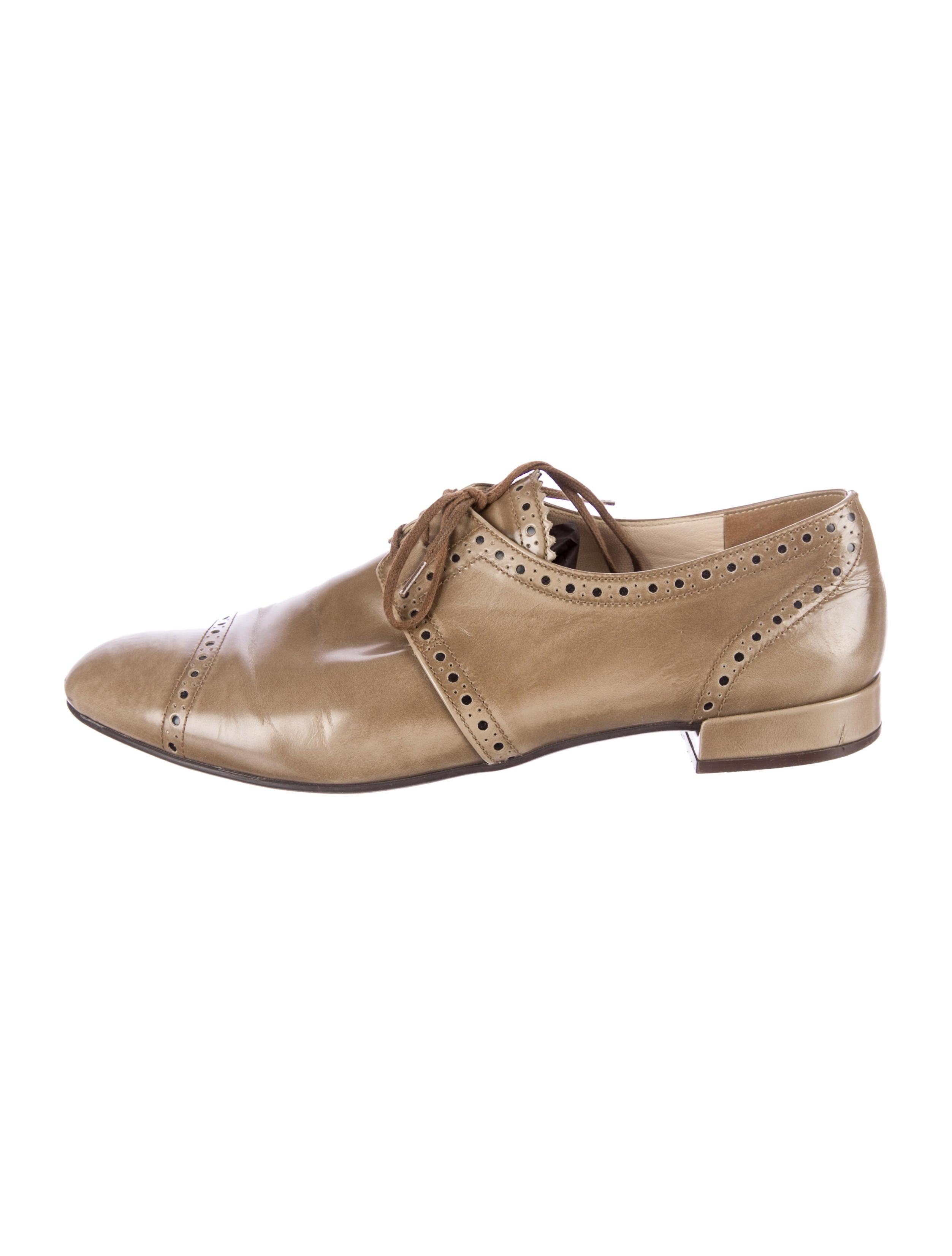Prada Oxfords - Shoes - PRA61750 | The RealReal