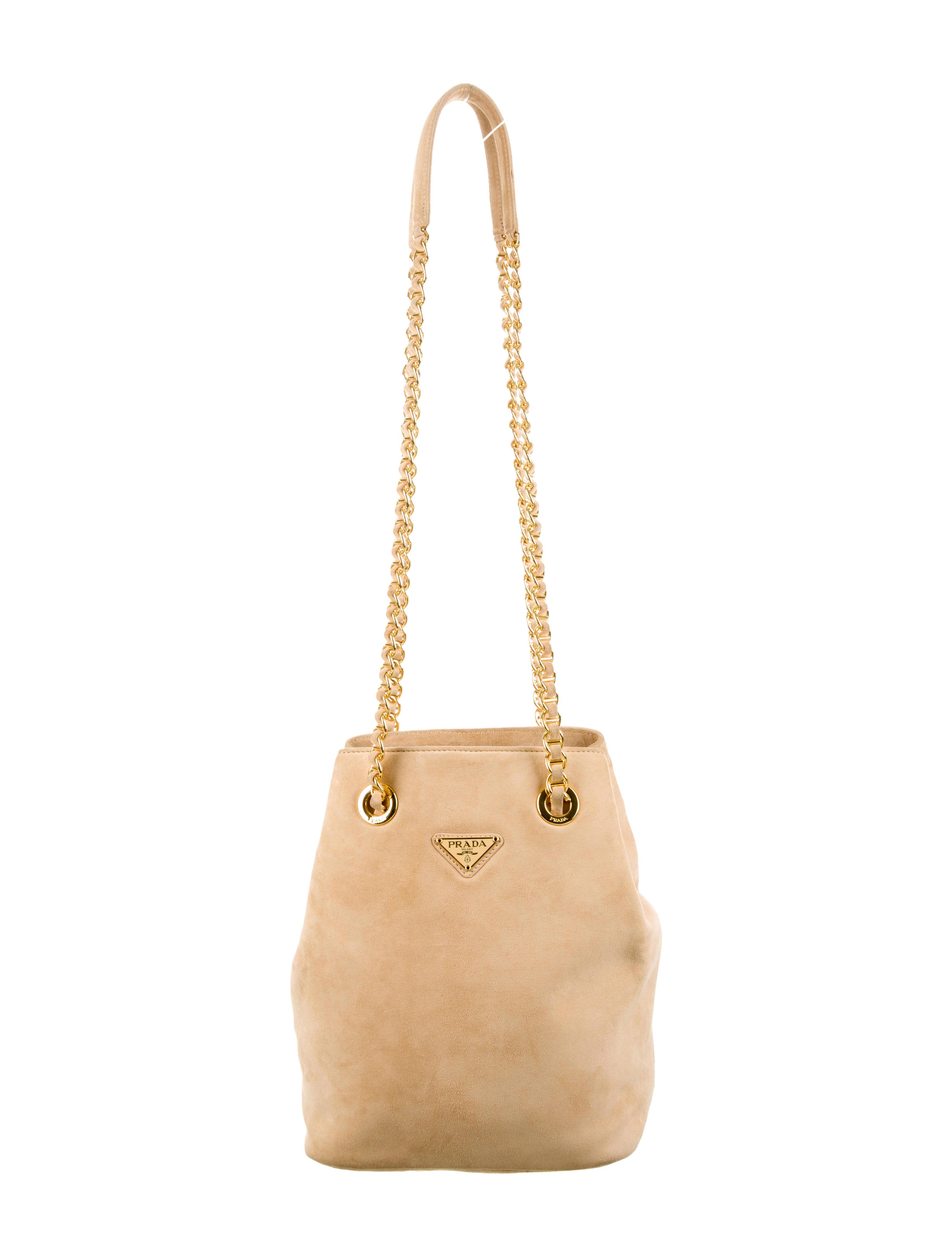 Prada Shoulder Bag - Handbags - PRA69379   The RealReal