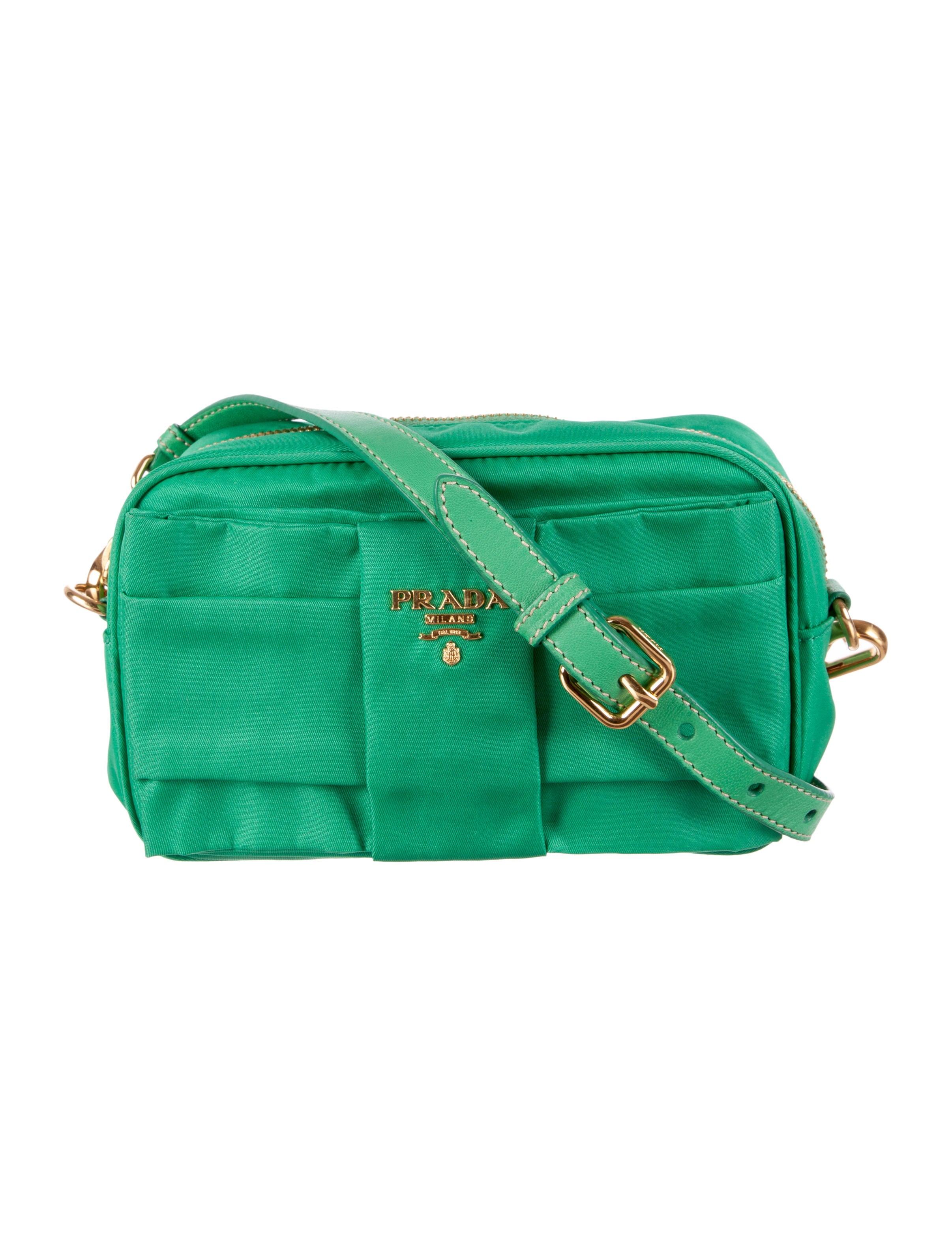www prada purses com