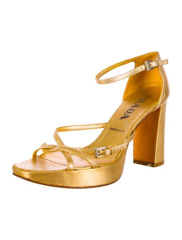 Shoes products Luxury Fashion | The RealReal