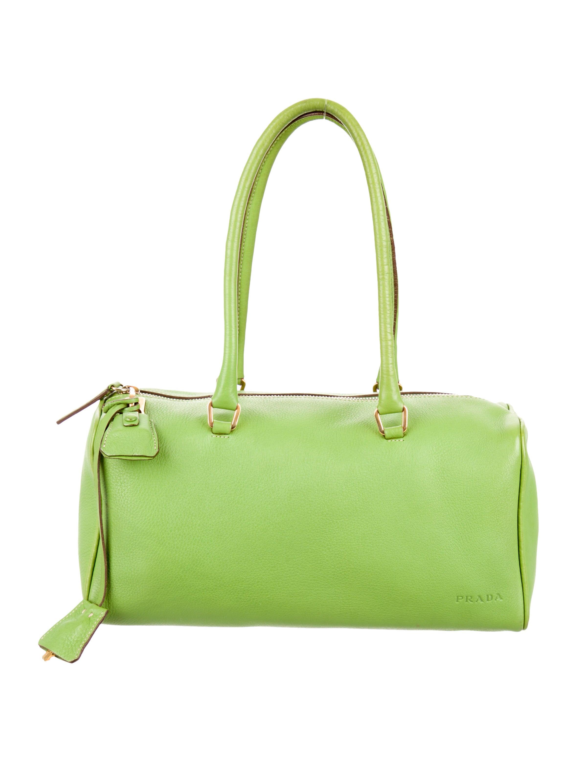 prada daino box shoulder bag