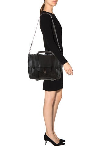 navy blue prada handbag - Handbags products Luxury Fashion | The RealReal