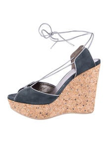 Ala?a Patent Leather Cork Wedges - Shoes - AL224311 | The RealReal