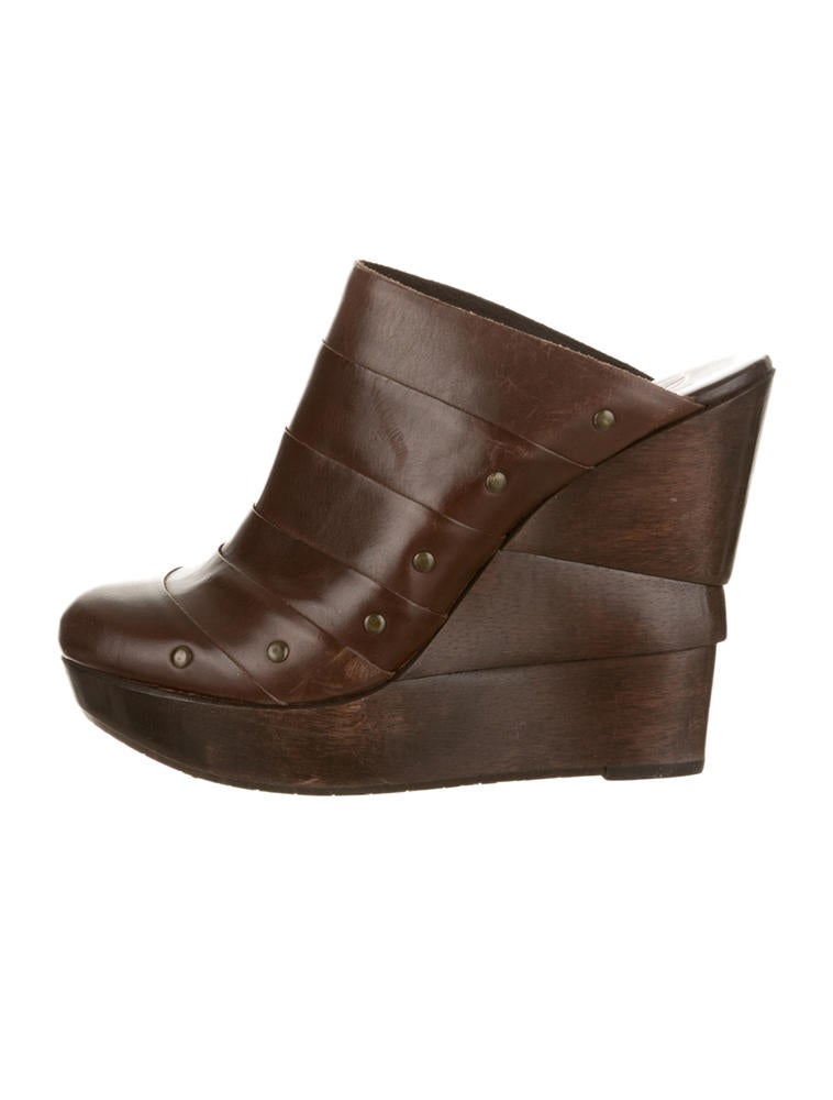 Find wedge shoes clogs at ShopStyle. Shop the latest collection of wedge shoes clogs from the most popular stores - all in one place.